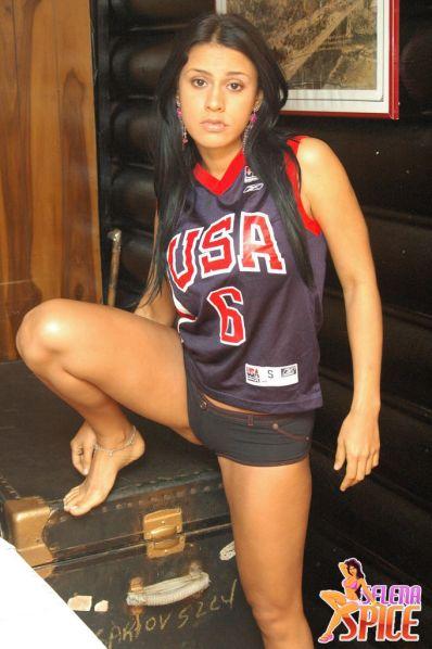 Selena-Spice-278-06-lg