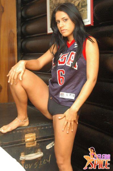 Selena-Spice-278-08-lg
