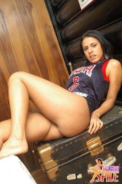 Selena-Spice-278-37-lg