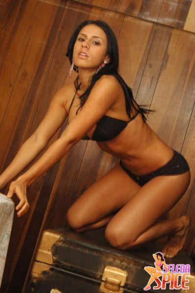 Selena-Spice-282-29-lg