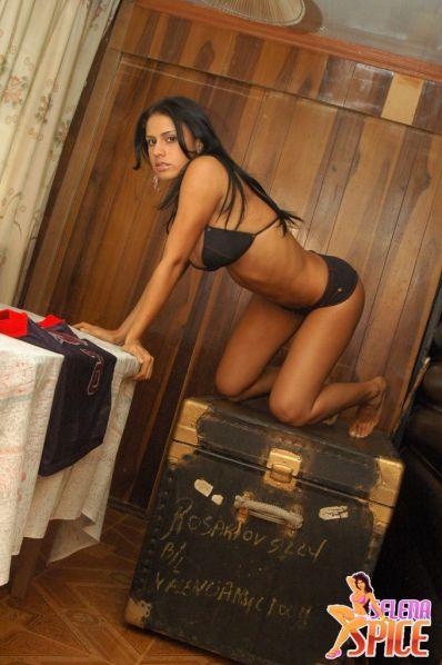 Selena-Spice-282-30-lg