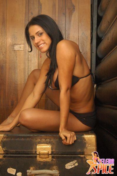 Selena-Spice-282-34-lg