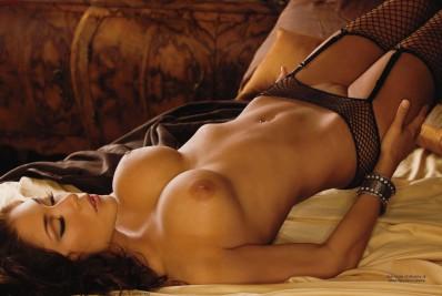 55925_tduid1059_Arianny_Celeste_Playboy_Noviembre_2010__BlogVen.net__1_123_58lo