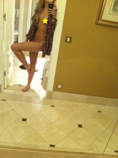 52177_Miley_Cyrus_Desnuda_123_194lo